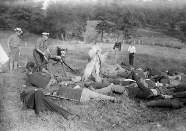 Cinematography Photograph - War Film Production, Early 20th Century by Science Photo Library