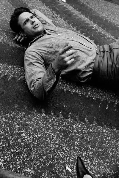 Gesture Photograph - Warren Beatty Lying On The Ground by Frances Mclaughlin-Gill