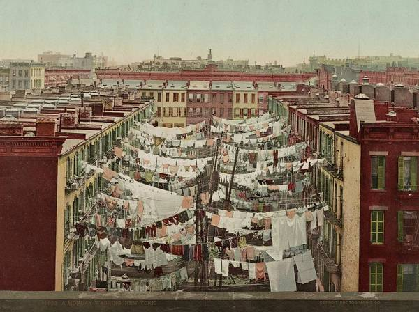 Wall Art - Photograph - Washing Day In New York by Library Of Congress/science Photo Library