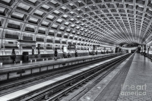Photograph - Washington Dc Metro Station X by Clarence Holmes