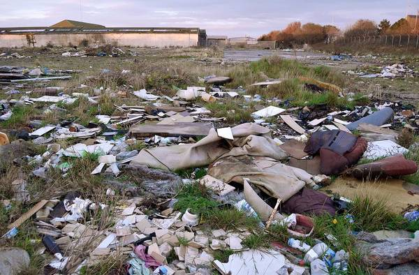 Litter Photograph - Wasteland Strewn With Rubbish by Robert Brook/science Photo Library