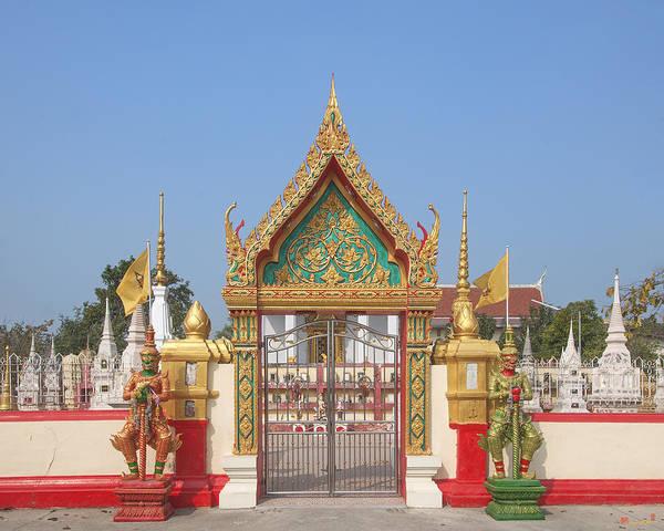 Photograph - Wat Kampaeng Phra Ubosot Gate Dtha0141 by Gerry Gantt