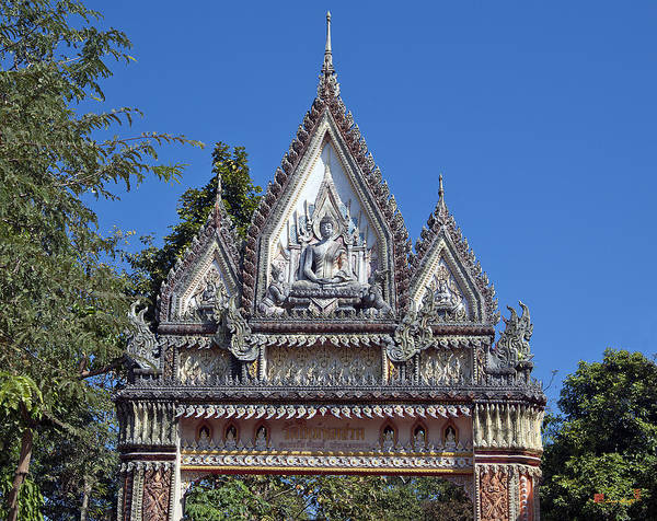Photograph - Wat Mai Thong Sawang South Temple Gate Dthu540 by Gerry Gantt