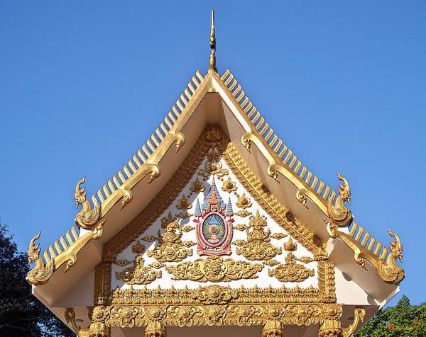 Photograph - Wat Mongkol Kowitharam Ubosot Gable Dthu484 by Gerry Gantt