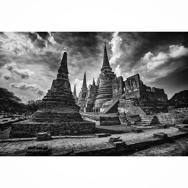 Sunny Wall Art - Photograph - Wat Phra Si Sanphet In Ayutthaya by Sunny Merindo