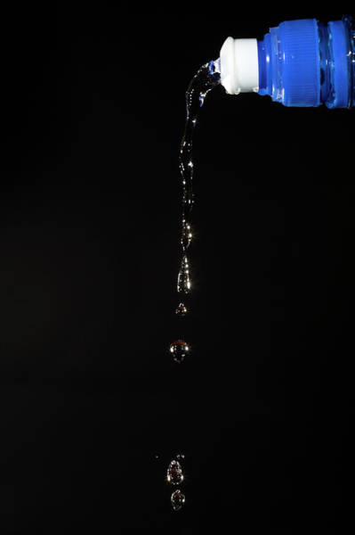 Pouring Photograph - Water Droplets by Simon Booth/science Photo Library