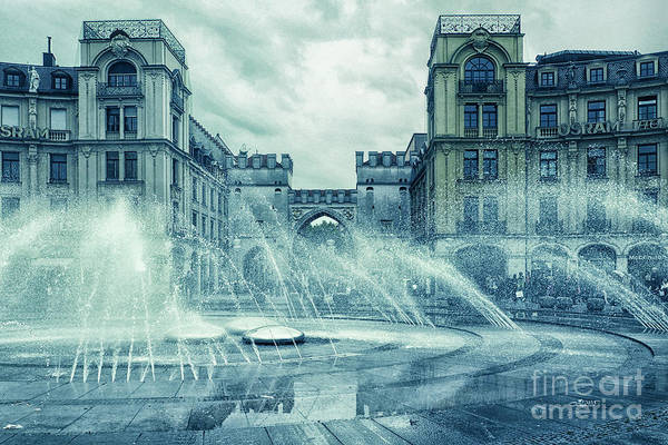 Photograph - Water In The City by Jutta Maria Pusl