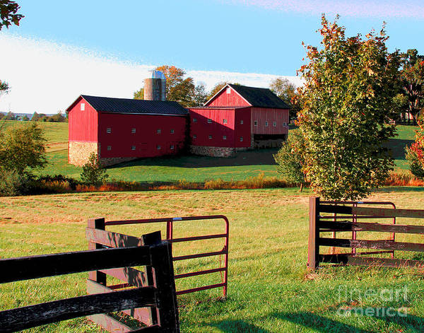 Photograph - Waterford Barn by Larry Oskin