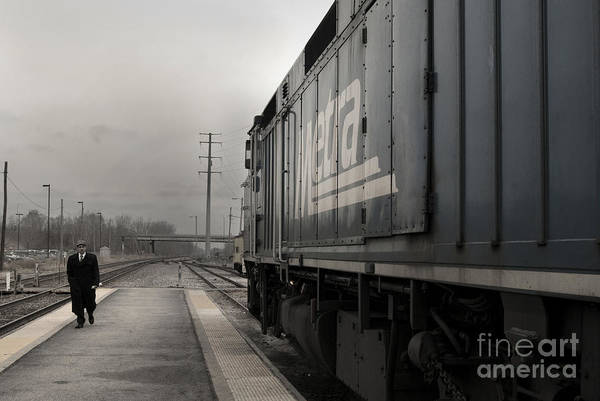 Photograph - Waukugen Train Station by Glenda Wright