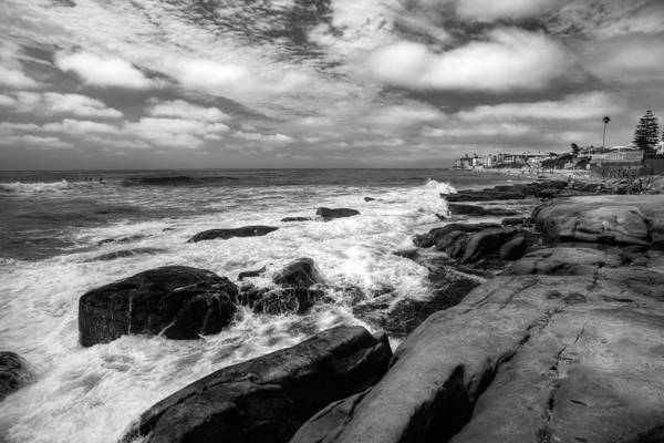 La Jolla Photograph - Wave Wash - Black And White by Peter Tellone