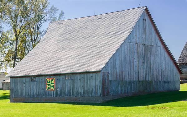 Photograph - Weathered Barn by Edward Peterson