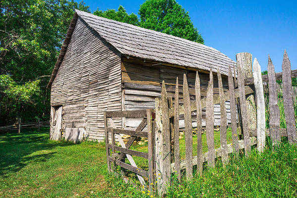 Photograph - Weathered Old Country Barn by Mary Almond
