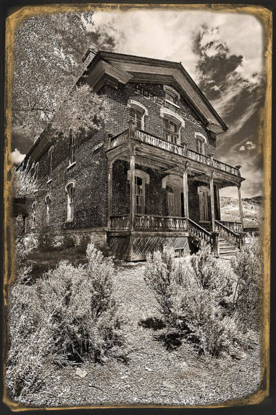 Photograph - Welcome To Hotel Meade by Wes and Dotty Weber