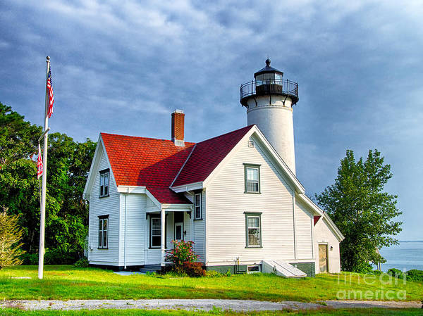 Photograph - West Chop Lighthouse by Mark Miller