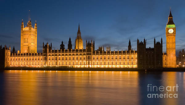 Photograph - Westminster Twilight II by Clarence Holmes