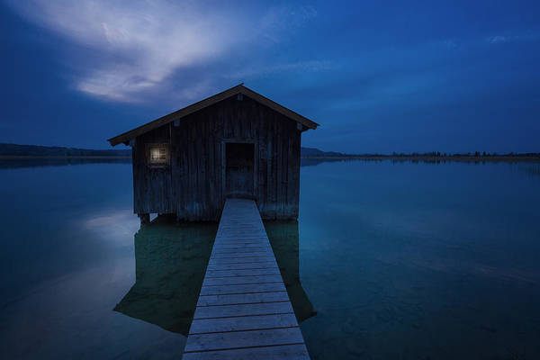 Clear Water Photograph - When The Night Comes by Uschi Hermann