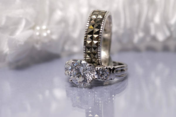 Jewelery Photograph - White Diamond Rings by Joe Belanger