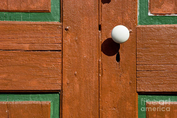 Wall Art - Photograph - White Door-knob - 1 by Paul W Faust -  Impressions of Light