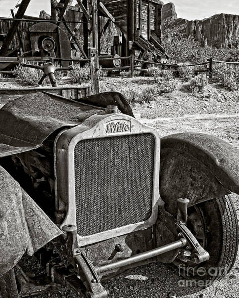 Ghosttown Photograph - White Heat In Black And White by Lee Craig