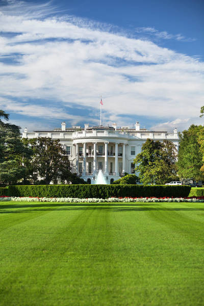 Democratic Party Photograph - White House by Pgiam