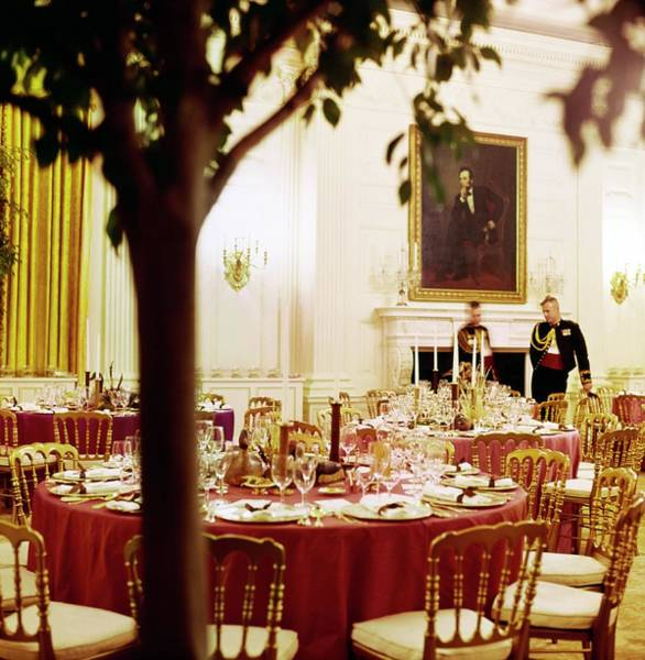 Wall Art - Photograph - White House State Dining Room by Horst P. Horst