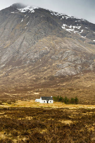White Hut Under Stob Dearg Art Print
