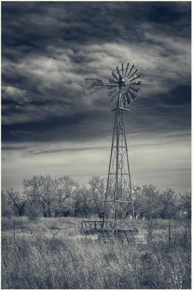 Photograph - Wichita Water Pump 7d09434 by Guy Whiteley