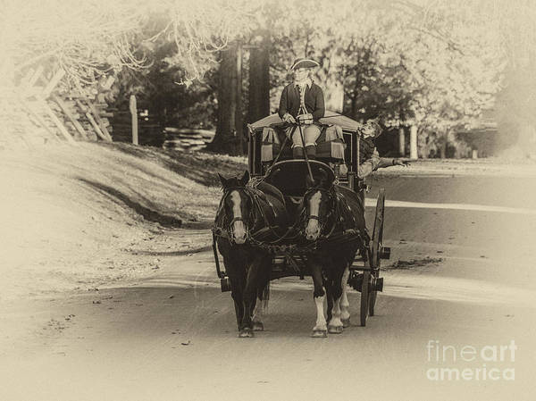 Photograph - Williamsburg Coach by Terry Rowe