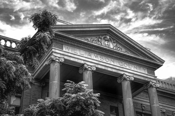 Greek Revival Architecture Photograph - Williamson County Courthouse Bw by Joan Carroll