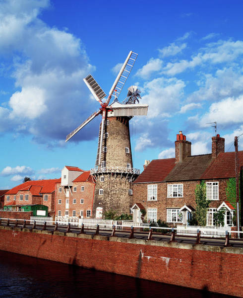 Wind Mill Photograph - Windmill by Martin Bond/science Photo Library