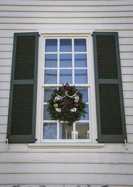 Royal Colony Photograph - Windows Of Williamsburg 06 by Teresa Mucha