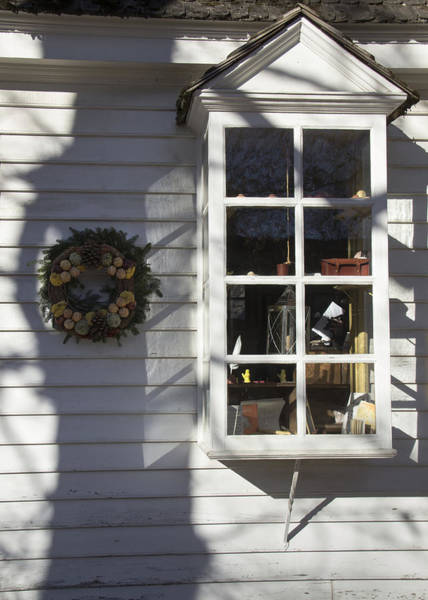 Royal Colony Photograph - Windows Of Williamsburg 13 by Teresa Mucha