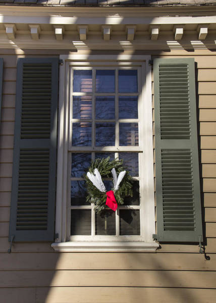 Royal Colony Photograph - Windows Of Williamsburg 14 by Teresa Mucha