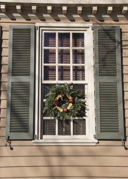 Royal Colony Photograph - Windows Of Williamsburg 16 by Teresa Mucha