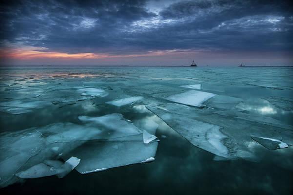 Turquoise Lake Photograph - Winter Sunrise Over Lake Michigan by Krzysztof Hanusiak Photography