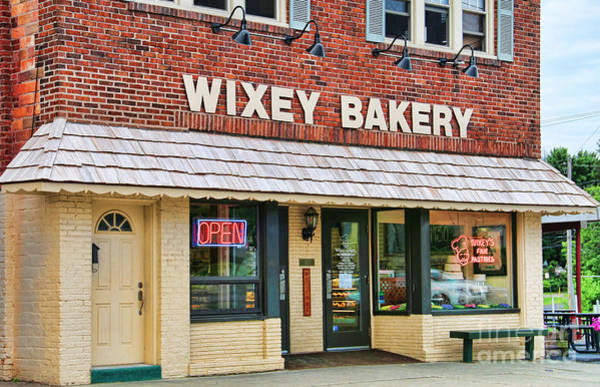 Glendale Wall Art - Photograph - Wixey Bakery 0692 by Jack Schultz