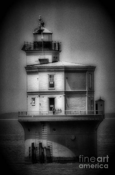 Virginia Lighthouse Photograph - Wolftrap Light by Skip Willits