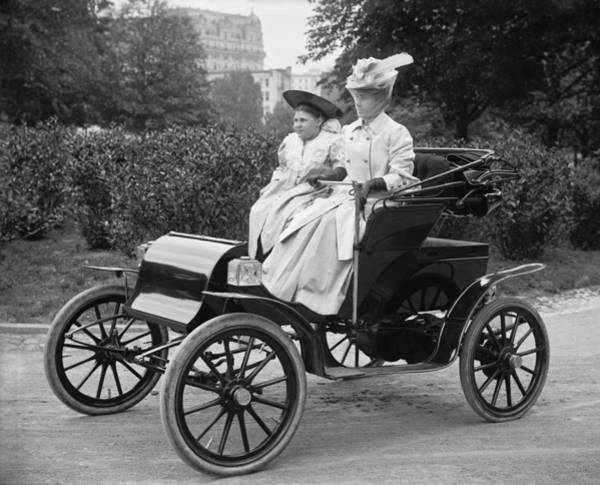 1900s Photograph - Women Out For An Auto Ride by Harris & Ewing