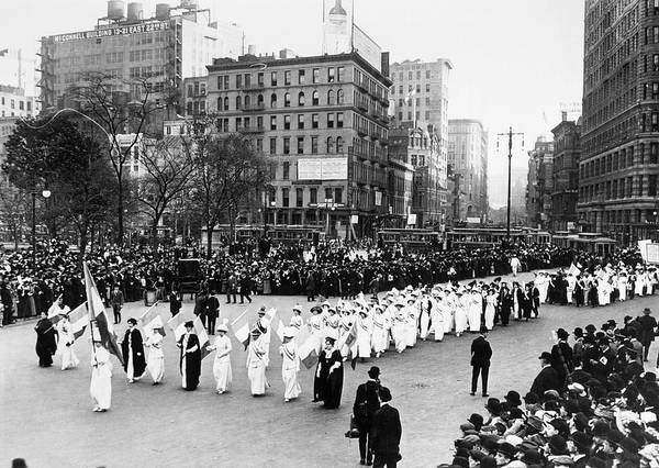 Photograph - Women's Rights Parade by Granger