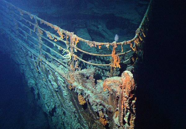 Disintegration Wall Art - Photograph - Wreck Of Rms Titanic by Noaa/science Photo Library