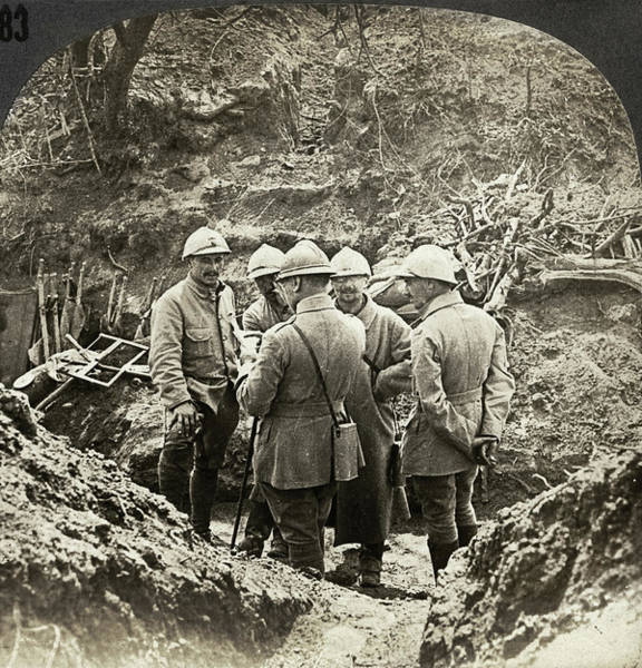 Wall Art - Photograph - Wwi France, C1916 by Granger
