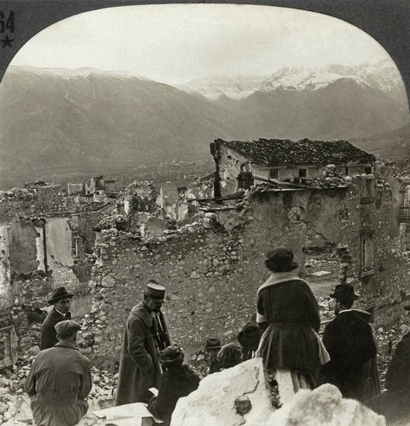 Wall Art - Photograph - Wwi Italy, C1917 by Granger