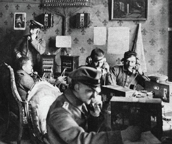 Wall Art - Photograph - Wwi Telephone Office by Granger