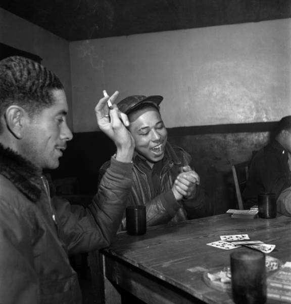 Photograph - Wwii: Tuskegee Airmen, 1945 by Granger