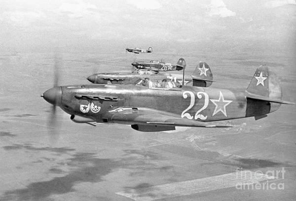 Yakovlev Photograph - Yakovlev Yak-9 Fighters, 1942 by Ria Novosti