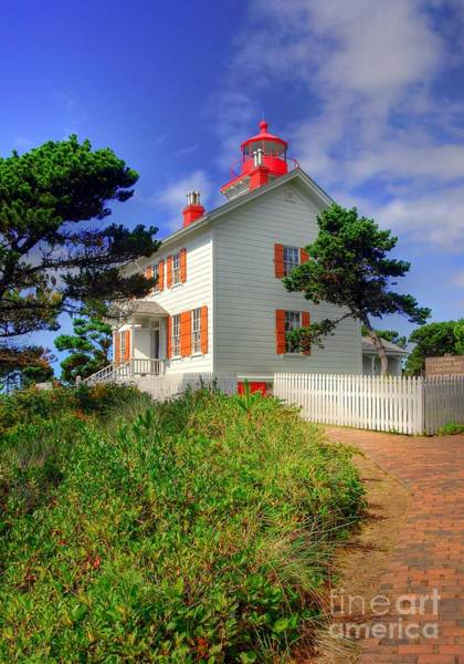Photograph - Yaquina Bay Light 2 by Mel Steinhauer