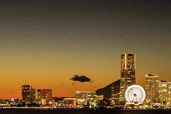 Japanese Culture Photograph - Yokohama Sunset View by Masashi Yukizane