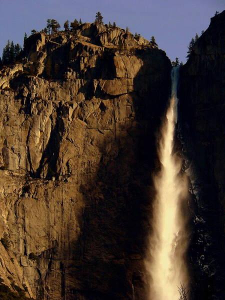 Photograph - Yosemite Falls Sunrise by Jeff Lowe