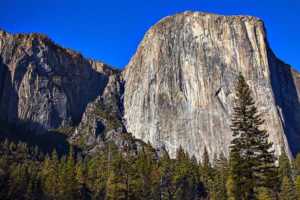 El Capitan Wall Art - Photograph - Yosemite's El Capitan by Garry Gay
