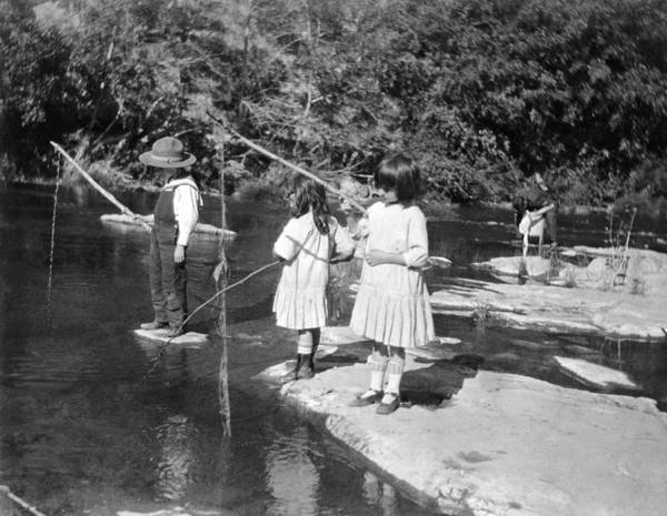 1910s Wall Art - Photograph - Young Children Fishing by Underwood Archives